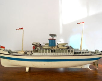 Rare Fleischmann Vintage Wind-Up Toy Ship - 20'' long - Passenger Ship - Ocean Liner - Toy Boat Sculpture - Collectible Tin Toy - Germany