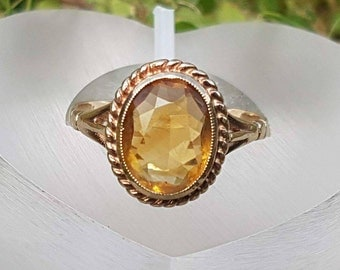 Glorious Citrine 9ct Gold Solitaire Ring