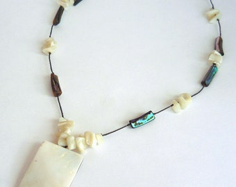 MatifDesign handmade mother of pearl and shell necklace