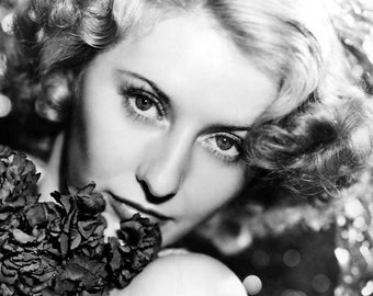 """Barbara Stanwyck Monochrome Photographic Print 02 (A4 Size - 210mm x 297mm - 8.25"""" x 11.75"""") Ideal For Framing"""