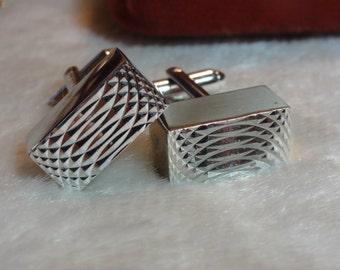 Vintage Dante Art Deco Style Silver Tone Rectangular Machined Cuff Links 1970's Retro