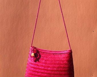 Vintage / Pink Woven Purse
