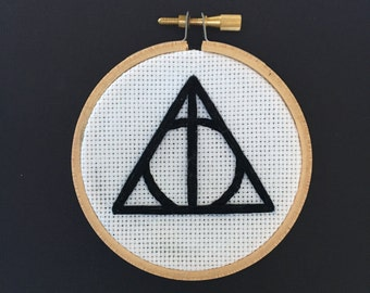 Harry Potter Deathly Hallows Symbol Embroidery in a 3 inch Hoop