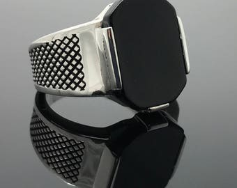 Well Handcrafted 925K Sterling Silver Black Onyx Men's Ring K41Y