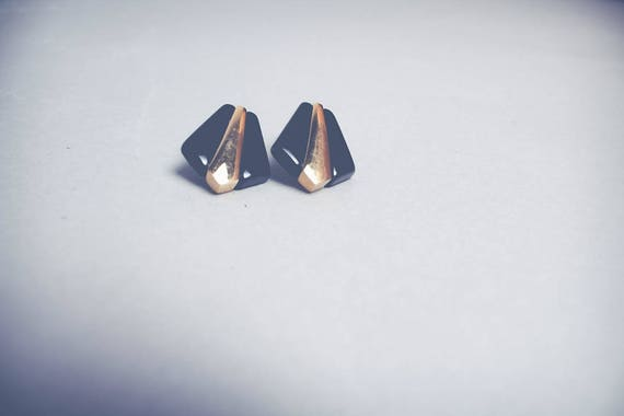 Vintage Black and Gold Art Deco Clip-On Earring