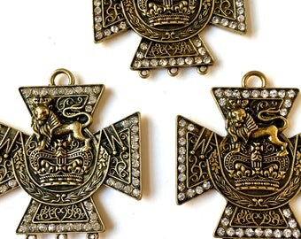 Medallion with Crystal Rhinestone edging- Royalty motif-  Metal Findings-Embellishment-Jewelry, Crafts Supply- 1 lot (3 pcs)