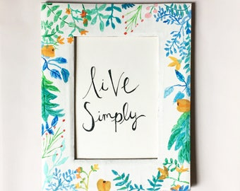 Live Simply-Floral picture frame