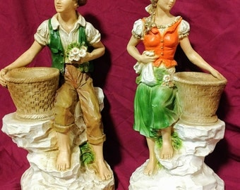 Vintage 1975 Universal Statuary Corp. Items # 823 and #821