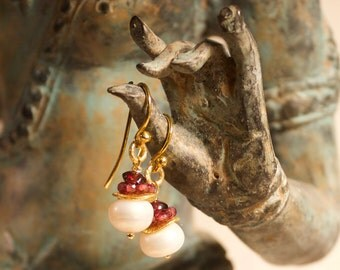 White Pearl Earrings with Garnet stones
