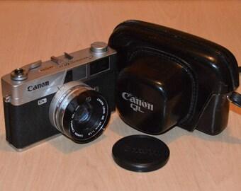 Canon Canonet QL19 w/ case