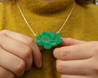 """Green Laser Cut Acrylic Succulent Necklace 20"""" Silver Chain"""