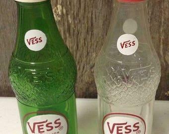 Vintage Vess Salt & Pepper Set