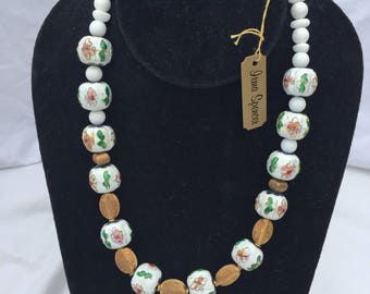 White and GoldCloisonne Bead Necklace