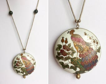 Cloisonné Peacock Necklace on Gold Tube Chain, Off-White Circle Pendant, Jade Green Beads, Enamel Bird Flowers, Copper Red, Vintage 70s 80s