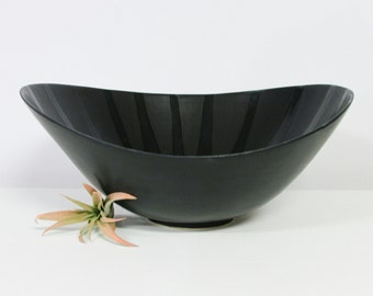 Large Bowl Handmade Pottery Bowl Black, Porcelain Serving Bowl