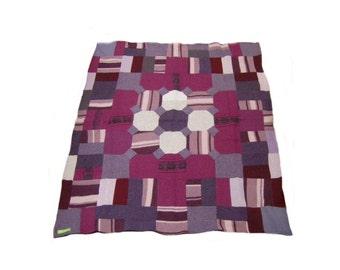 Wool blanket quilt throw burgundy mauve purple 46 x 39