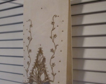 Vintage  Cream Linen Fingertip Towel - Taupe Embroidery and Cutwork - Powder Room Decor