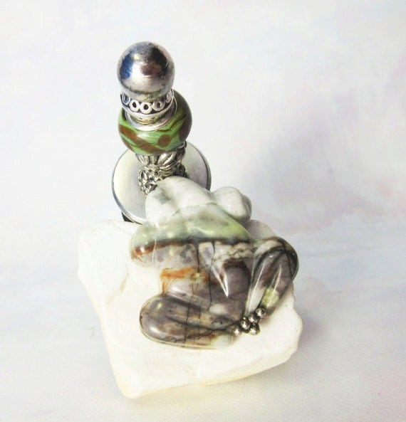 Frog wine cork - bottle stopper - carved earth tone jasper and art glass - one of a kind - hostess gift - carved jasper frog