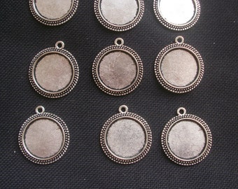 6 Pendant Settings to fit 20mm Cabochons Silver Tone