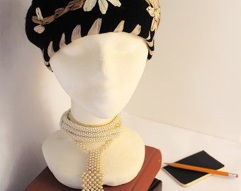 Louise Green black wool beret with satin appliqué flowers
