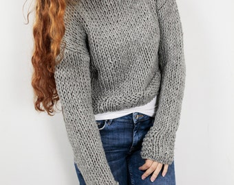 Hand knit woman cotton sweater cropped top grey pullover sweater