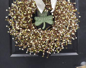St Patricks Day Wreath, Spring Decorations, Green Cream Berries, Berry Wreath, Spring Wreath, Easter Decor, Front Door Decorations