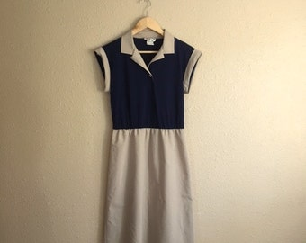 Vintage NAVY Blue And KHAKI Dress / Two Tone Collar Dress / Junior Wiz / School Dress / Womens Small Medium