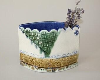 Ceramic Planter, Scalloped Pocket Planter, Succulent Planter, Ceramic Flower Pot, Indoor Gardening, Gardening Gift