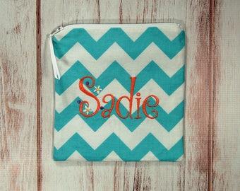 Reusable Sandwich Bag - Sandwich Bag - Zipper Pouch - Zipper Bag - Monogrammed Sadie Font Bag