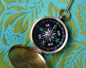 Wanderlust // Gold Brass Locket Style Comapss Necklace that Works, Brass Chain, Boho Gypsy Travel Hippie Witch Compass Rose Bohemian Rustic