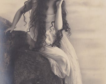 Long-Haired Ethereal Beauty 6, Vintage German Postcard by Rotophot, circa Early 1910s