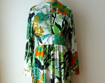 Vintage 1970's/Don Luis De Espana/Green Floral Maxi Dress Medium/70's Green Floral Long Dress/70's Green Maxi Dress/Medium