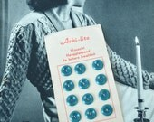 VINTAGE Button Card - 12 Teal Plastic Buttons - Vintage Haberdashery
