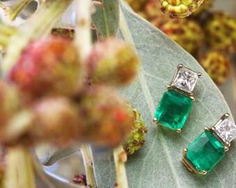 Emerald Diamond Stud Earrings 18K, Emerald Diamond Gold Earrings, Colombian Emerald Stud Earrings 18K, Diamond Earrings 18K, May Gift