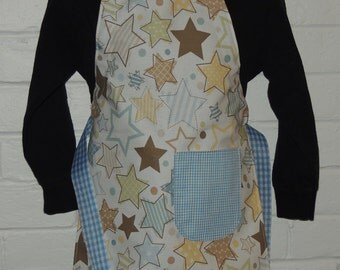 REVERSIBLE Child Country Cooking Apron / Art Smock fits size 3, 4, 5, 6 and 7 Blue Gingham Cookie Cutter Stars star tan brown