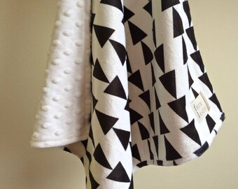 Arrow Lovey, Double Minky, Black, White, Baby Blanket, Geometric Lovey, Security Blanket, Baby Shower Gift, Black and White Lovey
