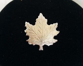 Small Silver Maple Leaf Pin Brooch, Maple Leaf Brooch, Maple Leaf Pin, Silver Leaf Brooch