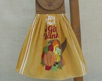 Thanksgiving Kitchen Tea Towel, Thanksgiving Horn of Plenty, Hanging Kitchen Dish Towel, Kitchen Towels