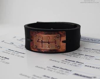 Gear Shift: Mens Leather Bracelet.
