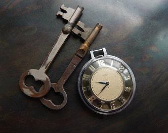 Steampunk pocket watch skeleton keys supply parts