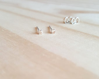 tiny stud earrings, 2mm champagne gemstone studs, cartilage earring, cubic zirconia honey blond gemstone earrings, simple minimalist jewelry