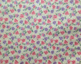 Floral Earthy Fabric by Cranston Prints . Beige Pink and Purple . Muted Colors . Cotton . Medium heavy by the yard . simple 90s 1990s