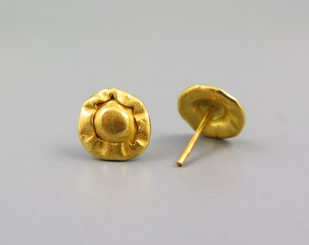 Stud earrings gold, unique earring, Israel jewelry, gold jewellery, button earring, hand made earring, gold post earring, small stud earring