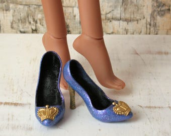 Kingdom Doll Shoes Royal Crown