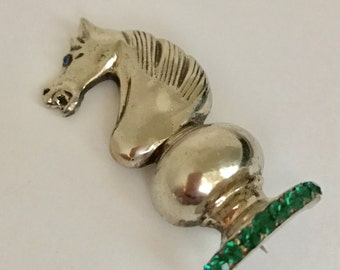 STERLING Chess Piece KNIGHT Brooch Pin RHINESTONE Vintage Silver Green