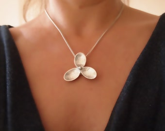 Flower Sterling Silver Pendant Necklace, Modern, Minimalist Necklace, Trefoil Jewelry, Statement, Handmade