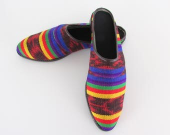 Bright Kilim Women's Slides Shoes - Vintage 1980s Rainbow Slip On Mules in 7 - 7.5 US or 37 -38 Euro