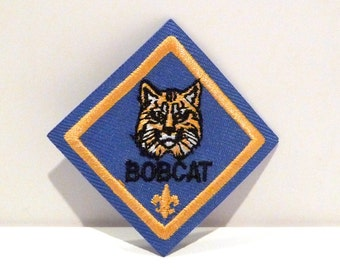 Bobcat Patch Vintage Boy Scout Embroidered patch Woodland Animal Cat Boy Scouts of America 1980s 1990s Americana Cub Scout Blue Yellow Gold