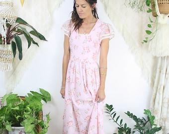 Dreamy 70s Maxi Dress, Bohemian Floral dress Pink Maxi Hippy Festival Summer dress, Small Medium 3644