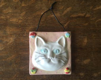 Ceramic WHITE CAT Hanging Tile